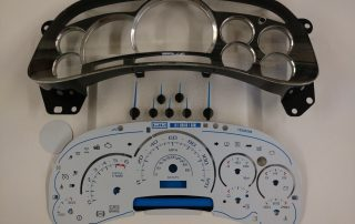 PLK0531 Custom Escalade Upgrade Kit with white gauge face. Blue or white pointers. Fits: 2003, 2004, 2005 GM Trucks and SUVs. Silverado, Tahoe, Avalanche, Suburban, Yukon and Sierra.